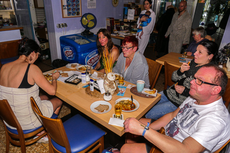 Das Team der Cafeteria verwöhnte die Besucher mit einer frischen, leckeren Gemüsesuppe.